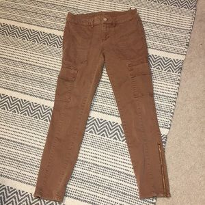 White House Black Market Skimmer Cargo Pants